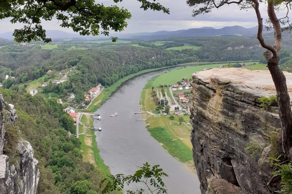 Bastei und Elbe