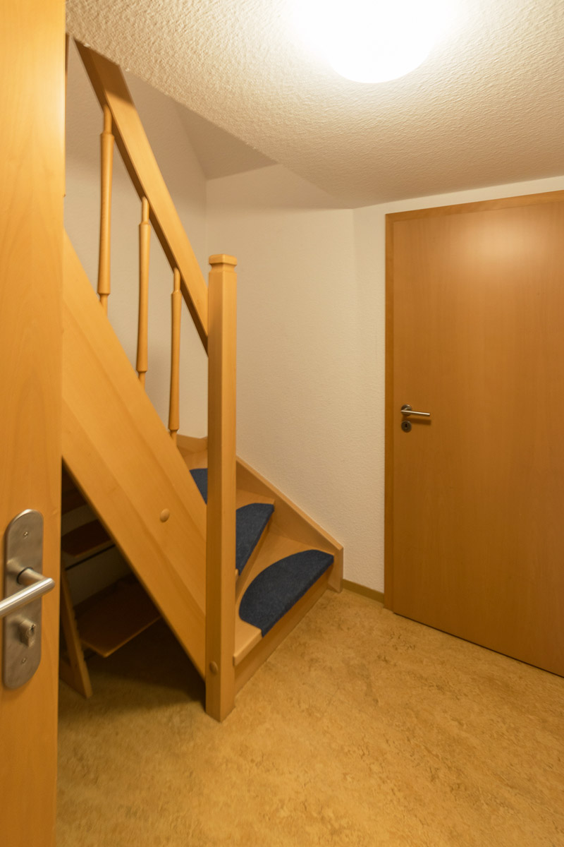 Ferienwohnung3 -im Dachgeschoss - Treppenaufgang